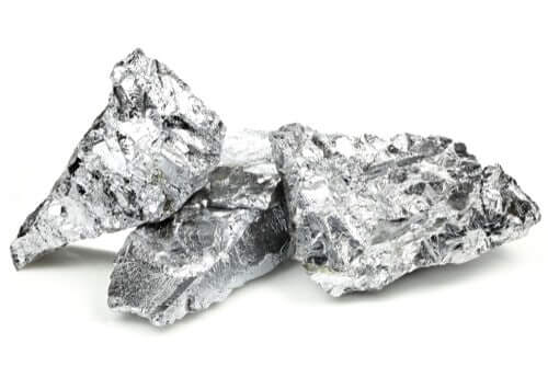 3 Of The Hardest Metals On Earth